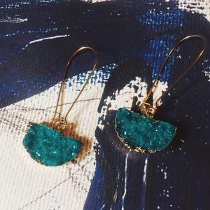Jewelry - 🕊•Waldorf•••Druzy Drop Turquoise Fan Earrings